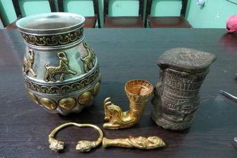 کشف عتیقهجات دوران اسلامی در همدان