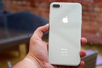 تعمیر رایگان گوشیهای آیفون 8 بعلت نقص فنی