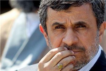 احمدینژاد ۵ آذر محاکمه نمیشود