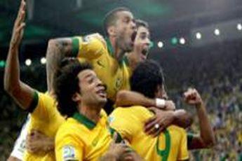 ۲۳ بازیکن برزیل برای حضور در جام جهانی مشخص شد / کاکا غایب بزرگ لیست اسکولاری