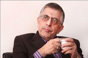 قالیباف و برگه های در دستش من را یاد احمدی نژاد در مناظره های ۸۸ انداخت / تحلیلی از مناظره امروز و عملکرد کاندیدهای ریاست جمهوری
