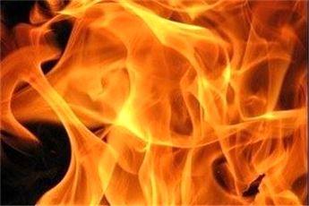 آتشسوزی گسترده خیابان جمهوری مهار شد