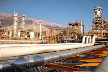 ۲درصد درآمد نفت سال ۹۳ سهم توسعه مناطق نفت خیز، گازخیز و محروم شد