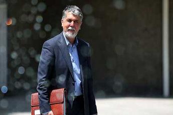 تکذیب خبر استعفای وزیر ارشاد