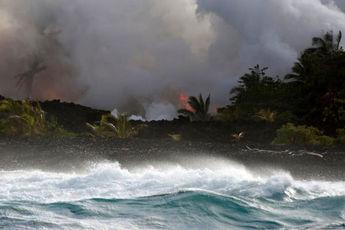 گذارههای فوران آتشفشان کیلاویا هاوایی به اقیانوس آرام ادامه دارد