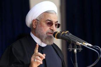 به کشور هایی که مقابل عزت ایران سر فرود بیاورند، دست صمیمیت دراز می کنیم
