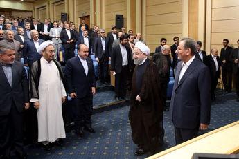 روحانی: امروز دولت اصرار دارد تا بسرعت در فضای بعد از انتخابات قرار گرفته و به سمت کار، پیشرفت و توسعه کشور گام بردارد