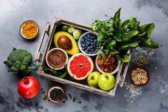 10ماده غذایی که نباید با شکم خالی بخورید