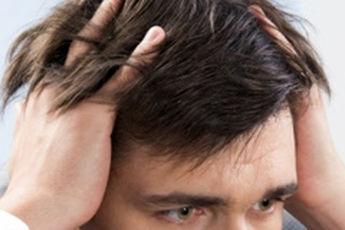 """"""" استرس """" ریزش مو را تشدید میکند"""