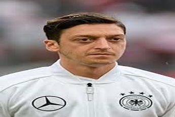 کناره گیری اوزیل از تیم ملی آلمان در اعتراض به «نژادپرستی»