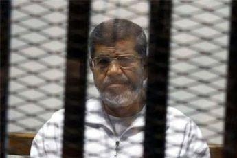 کمیته پارلمانی انگلیس از حال وخیم مُرسی در زندان خبر داد