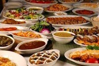 استرس و بیش از حد غذا خوردن از علل بروز نفخ معده است