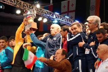 بازتاب قهرمانی تیم ملی کشتی آزاد ایران در آمریکا
